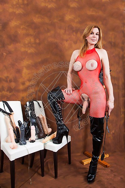 Foto hot 1 di Mistress Giulia Imperatrice mistress trans Bergamo