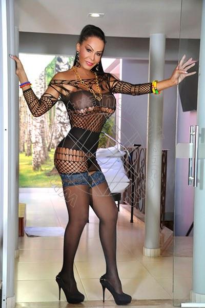 Aline Fenaroly LICOLA 3207485765