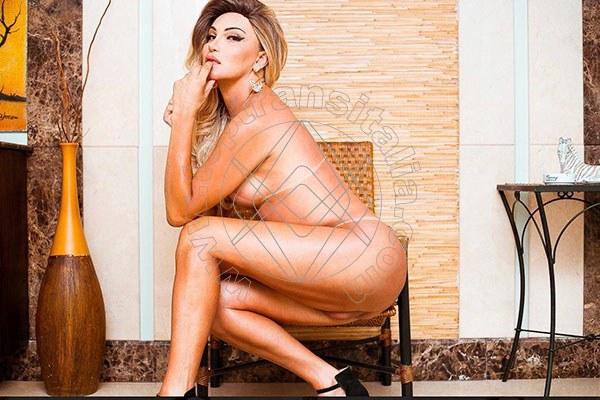 Foto hot 3 di Fabia Costa trans Quarto D'altino