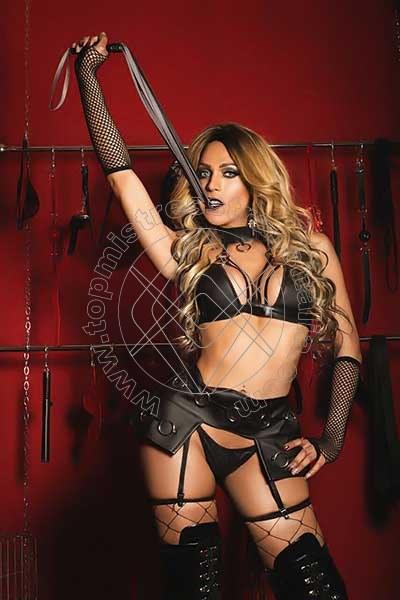 Foto 1 di Padrona Wanessa Armani mistress trans Terni