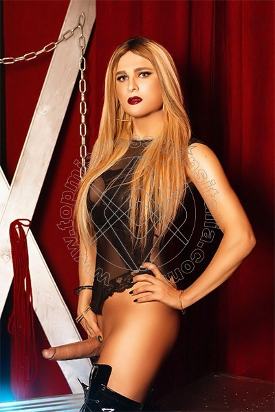 Foto hot di Padrona Donatella Anaconda mistress trans Basilea