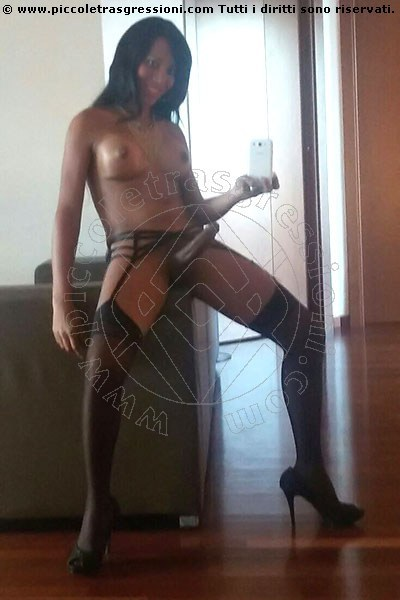 Foto selfie hot 10 di Kelly New trans Salvador Bahia